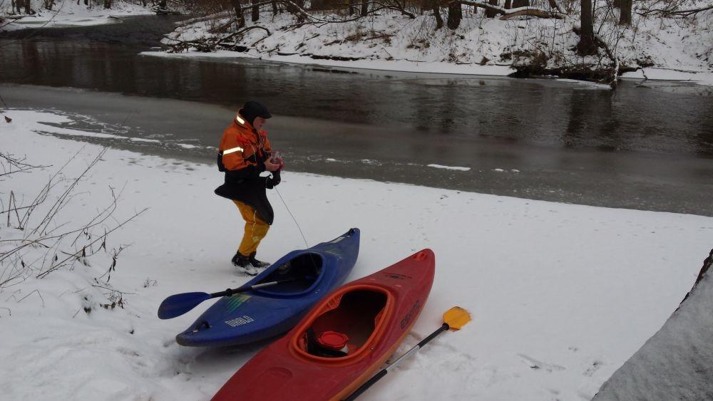 spływy zimowe, kajakarstwo zwałkowe, spływ świdrem